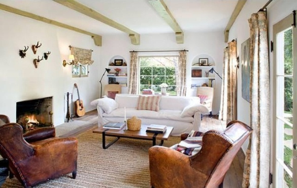 "Carolyn Murphy's ""Model"" Brentwood House"