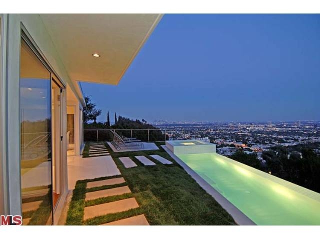 Hollywood Hills House Leased Through Alex