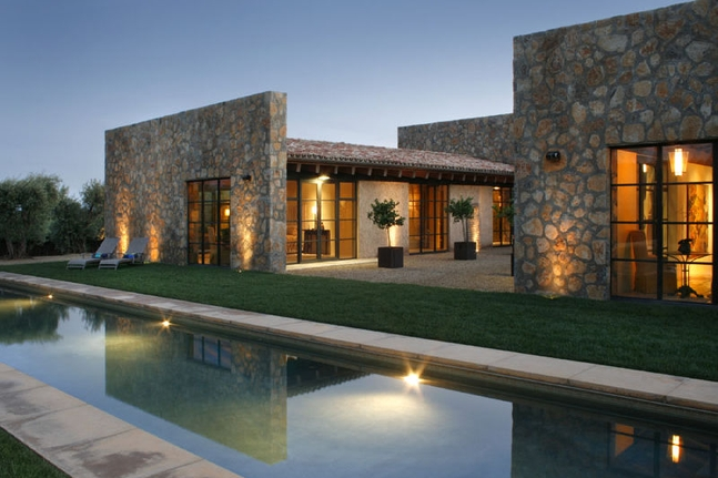 Our Fave Vineyard Estate on the Market
