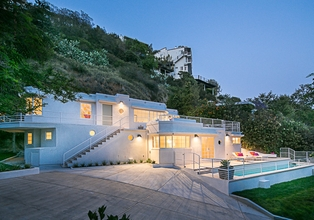 Sunset Strip Moderne