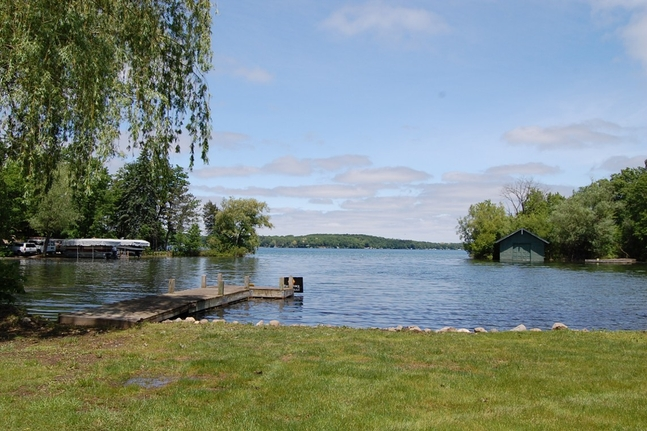 Pine Lake Frontage