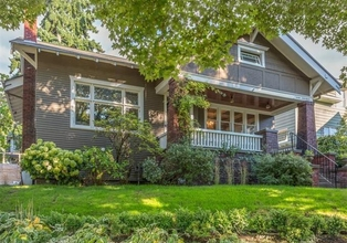 Beautifully Renovated Craftsman