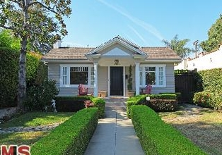 Sweet Bungalow in Hollywood Historical Spot