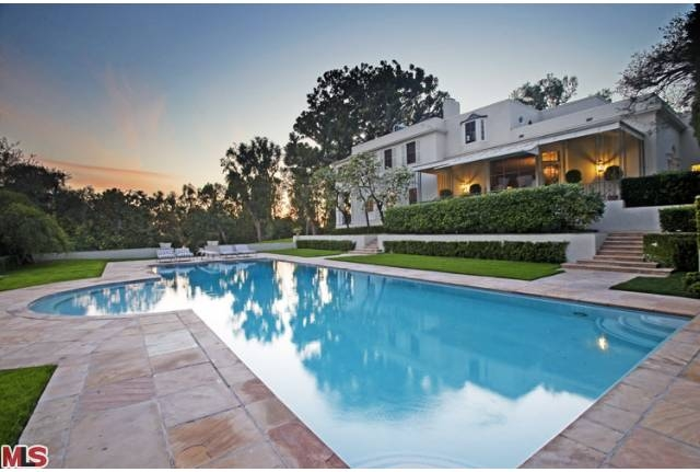 Trophy Estate in Beverly Hills