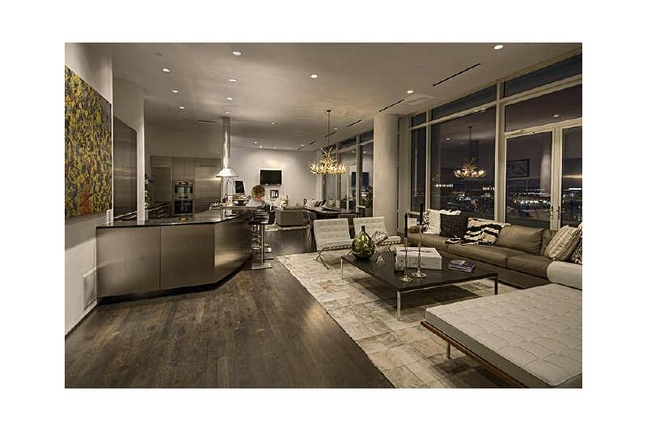 A Pretty Happening Penthouse